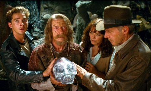 Indiana-Jones-and-the-Kingdom-of-the-Crystal-Skull-inside